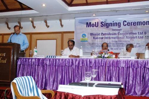 MoU SIGNING BETWEEN BPCL & KIAL FOR RS 170 CRORES EQUITY PARTICIPATION BY BPCL AND A JOINT VENTURE FUEL FARM FACILITY AT THE AIRPORT ON 24 JULY 2012